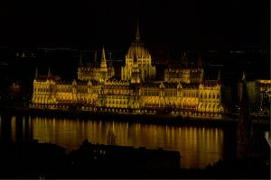Parliament at Night Budapest.jpg